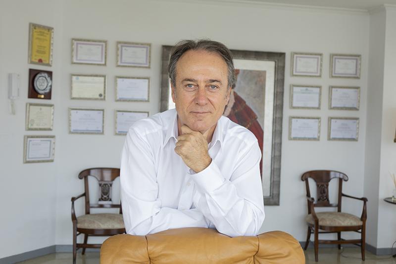 Soy Javier Gil Lloréns - JAVIER GIL LLORENS